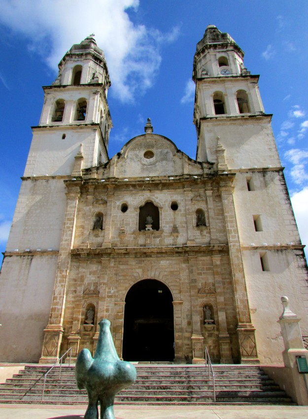 Big church in Campeche.