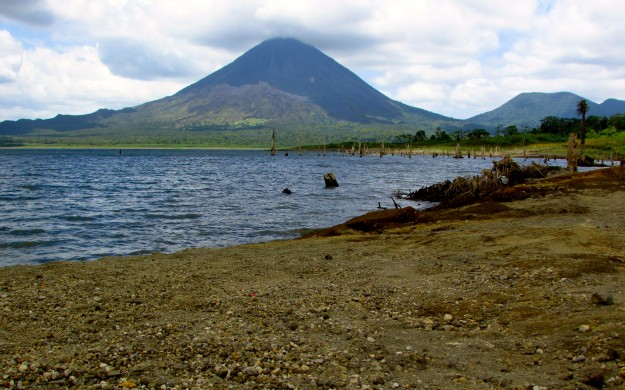 Arenal, the lake and the volcano.