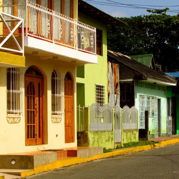 San Juan del Sur is full of colorful buildings, dirty backpackers and amazing things to smell.